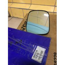 Стекло зеркала правое НОВОЕ  (-06) VOLVO (ВОЛЬВО)
