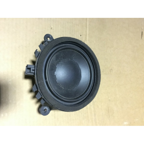 Увеличенное изображение: Динамик двери Premium Sound VOLVO (ВОЛЬВО)